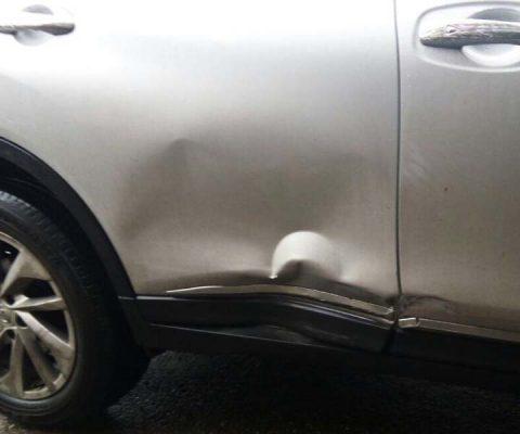 Успешный ремонт двери без покраски